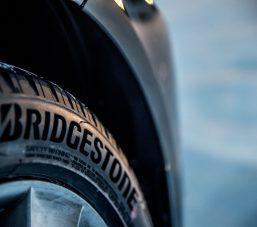 Bridgestone Blizzak LM005 ; Islak Yol Tutuşunda Tüm Ebatlarda A Etiket Değerini Alan İlk Kış Lastiği 9
