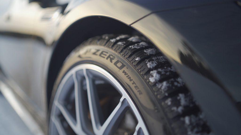 Pirelli P Zero Winter ; Pirelli Ailesinin Yeni Spor Kış Lastiği 2